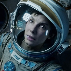 'Gravity' Review: Alfonso Cuaron Takes You Into Space With Stunning Visuals
