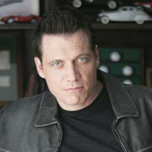 Holt McCallany On 'Lights Out,' Boxing, Playing Tough Guys