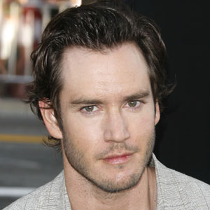 Mark-Paul Gosselaar Interview On 'Raising The Bar,' Stephen Bochco, 'NYPD Blue,' A 'Saved By The Bell' Reunion