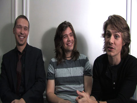 Exclusive Video: Hanson Answer Fan Questions On Fighting, Touring